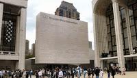Al via le sfilate newyorkesi che decreteranno le tendenze per il prossimo inverno