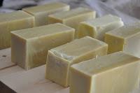 Come produrre sapone naturale e cosmesi in casa