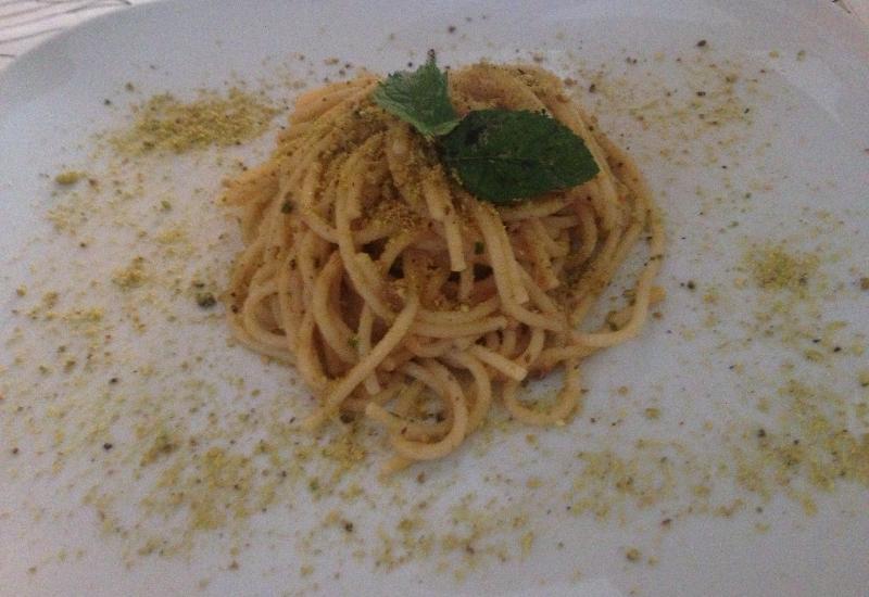 Spaghetti al pesto di limone