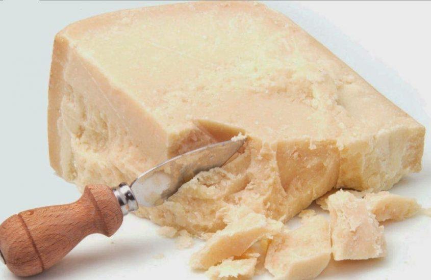 Parmigiano Reggiano e Grana Padano si alleano contro la contraffazione