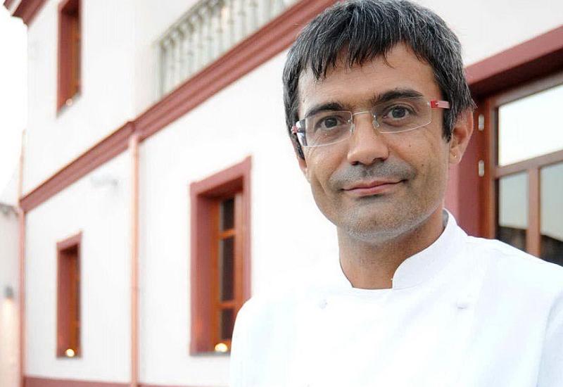 Lo chef Roberto Petza promuove alla Berlinale l'alta cucina sarda e mediterranea.