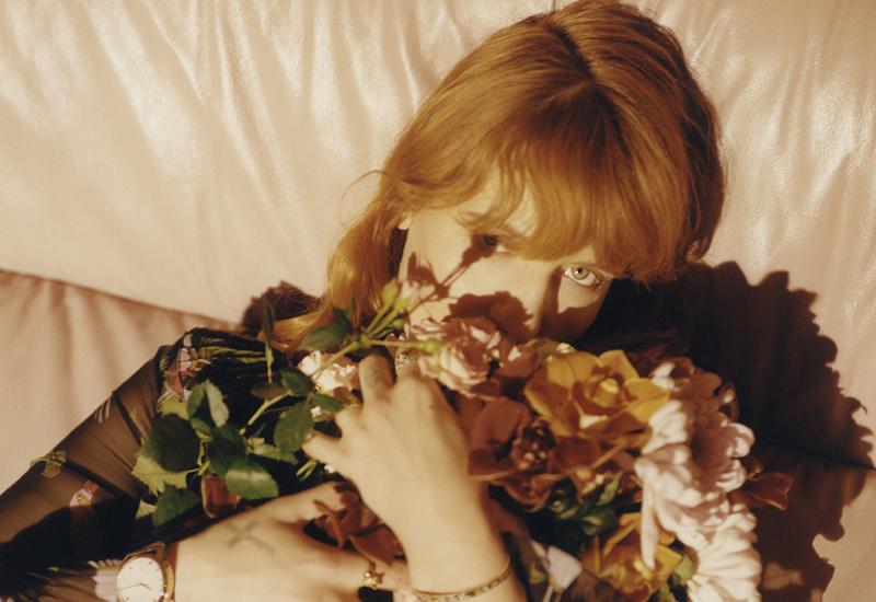 Florence Welch è la nuova testimonial della linea Gucci Timepieces & Jewelry.