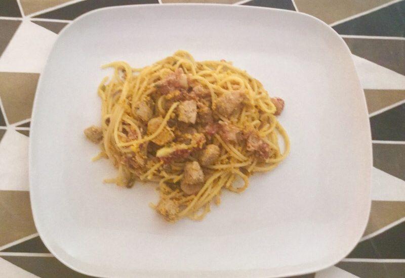 Spaghetti con tonno fresco e fichi