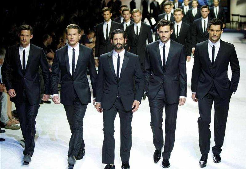 La moda uomo dà il via alle kermesse da cui usciranno le tendenze Fall Winter 2019