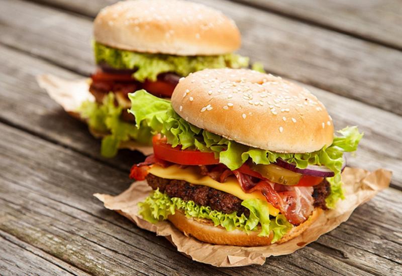 In tutto il mondo il 28 maggio è l'Hamburger Day