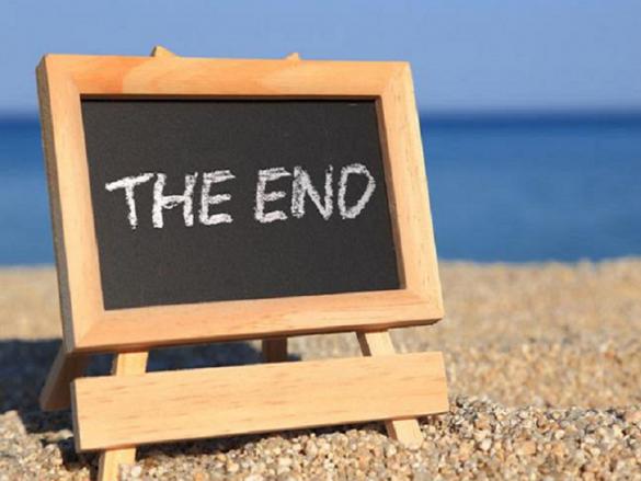 lavagna con scritta the end